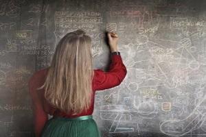 Депутати розглянуть законопроєкт про російську мову у школах