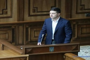 Розпуск парламенту: Зеленський сказав кілька слів і залишив КСУ