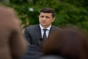 Рейтинг Зеленського знизився на 10%